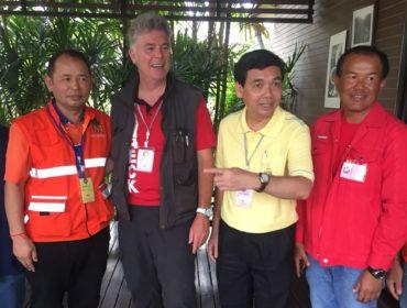 Materieel en mensen Van Heck naar Thailand